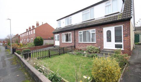 Mortimer Terrace, Batley, WF17 8BY