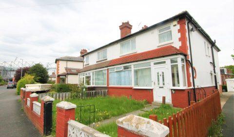 Newport View, Headingley, Leeds, LS6 3BX