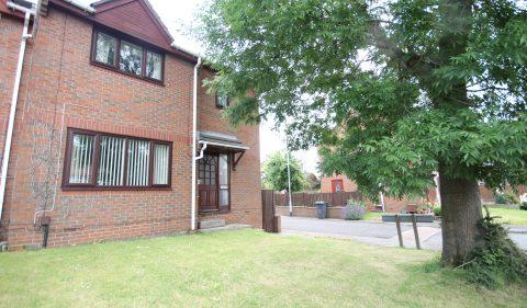 Heathercroft, Roxholme Grove, Chapel Allerton, Leeds, LS7 4HF