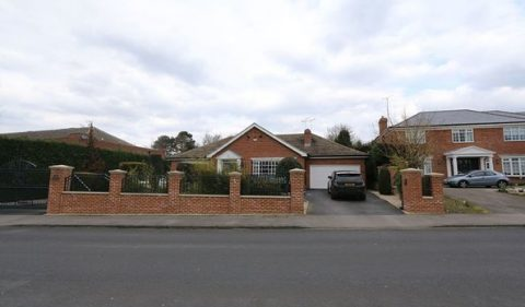 Sandmoor Lane, Leeds, West Yorkshire, LS17 7EA